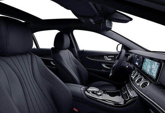 Mercedes-Benz-Class-Berline-interieur